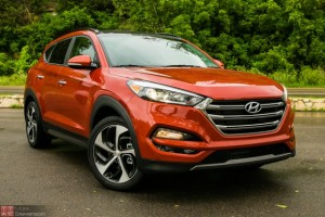 2016-Hyundai-Tucson-1-of-7-610x407
